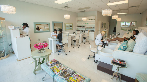 Luxury Nail Bar & Spa, LLC – Mableton, GA